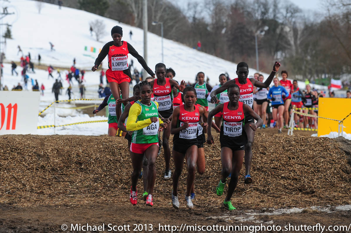 2013 World Cross Country Junior Girls Photo Gallery