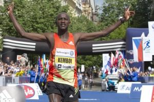 Nicholas Kemboi wins 2013 Prague