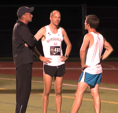 Pacemakers talking to coach Alberto Salazar