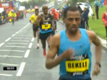 Bekele pulling away from Farah in the half