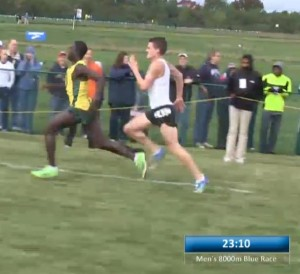 Edward Cheserek and Chris O'Hare battle it out for third
