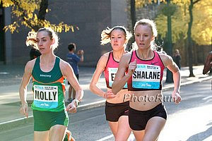 Molly Huddle, Emily Infeld, and Shalane Flanagan Battle (click for photo gallery)