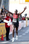 Geoffrey Kipsang wins the World Half *More Photos