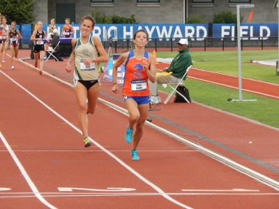 Bates will try to become the first woman to repeat in the 10,000 since Alicia Craig in 2003-04