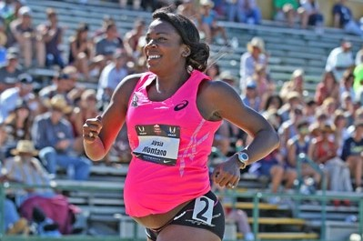 Pregnant Alysia Montano Runs at Nationals (click here for a full photo gallery)