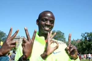 Stephen Sambu Celebrates His 22:01 8k Worlds Best