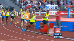 The final turn, Nick Willis sniffs the sub-3:50