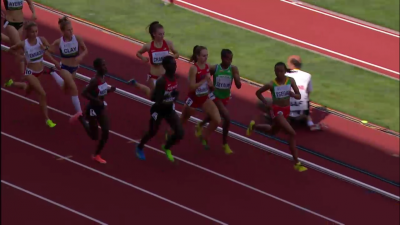 Efraimson was in good position just before the bell