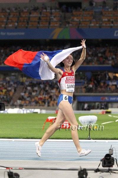 Mariya Savinova celebrating her world title in 2011 *More 2011 Worlds Photos