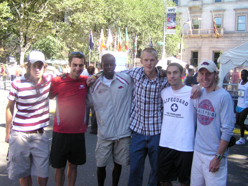 The Arkansas Guys at the 2005 Fifth Avenue Mile (Chris Barnicle, Adam Perkins, Peter Kosgei, Ken Cormier, Marc Rodrigues and Scott Macpherson (l-r))