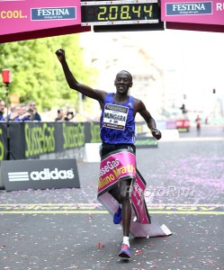 Kenneth Mungara Breaks the Masters World Record in the Marathon in Milan