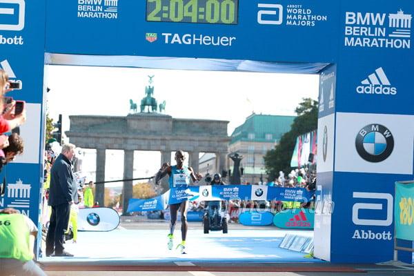 Eliud Kipchoge 2015 BMW Berlin Marathon Champion 2:04:00