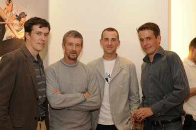 Steve Jones (2nd from left) with LRC Founders Wejo (left) and Rojo (right) and Matt Taylor at the LRC Puma Party in 2008
