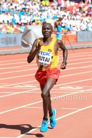 Mutai en route to bronze in Beijing