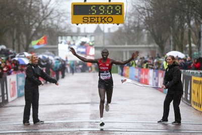 Kamworor winning title #2 in Cardiff in 2016 (Photo by Jordan Mansfield/Getty Images for IAAF)""
