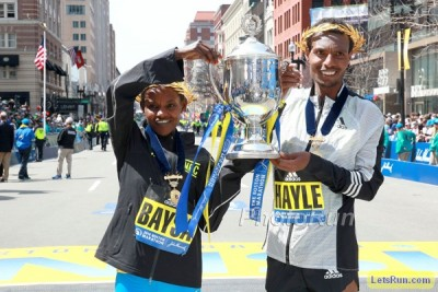 Baysa with men's champ Lemi Berhanu Hayle in 2016