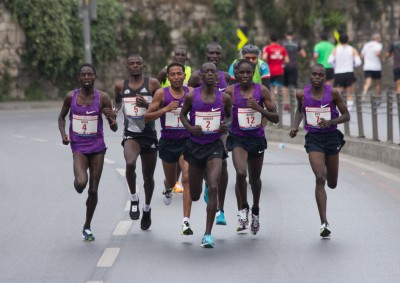 Leonard Komon leading the men's pack at the 2016 Istanbul Half Marathon. Front row, from left: Ali Kaya, Leonard Langat, Zersenay Tadese, Leonard Komon, Vincent Rono, Emmanuel Bor. Mandatory photo credit: Bob Ramsak.