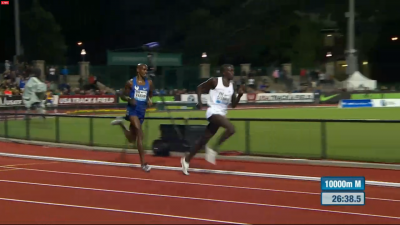 Farah Trailing on Final Lap