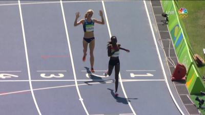 Emma Coburn gets her medal