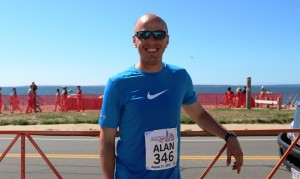 American mile record holder Alan Webb after completing the 2016 New Balance Falmouth Road Race (photo by Chris Lotsbom for Race Results Weekly)