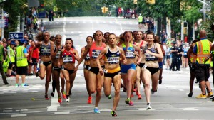 Jenny Simpson leads the women's pro field at the 2016 New Balance Fifth Avenue Mile (photo by Jane Monti for Race Results Weekly)