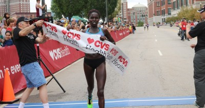 Aliphine Tuliamuk wins the 2016 USA 5-K Championships in Providence, R.I. (photo by Chris Lotsbom for Race Results Weekly)