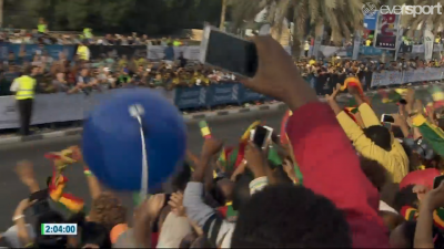 Lots of Ethiopians in the crowd