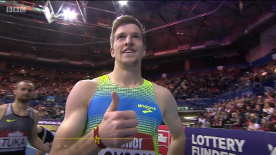 Thumbs Up from Loxsom after World Leader