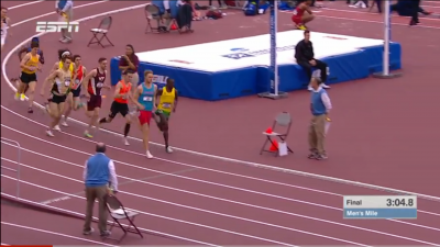 Kerr and Cheserek Battle for the lead