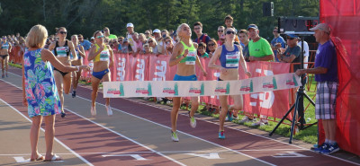 Hannah Fields (center) just before she overtook Nicole Sifuentes to win the 2017 Aetna Falmouth Mile (photo by Chris Lotsbom for Race Results Weekly)