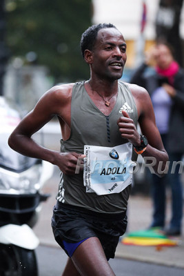 Adola gave Kipchoge a run for his money last year in Berlin