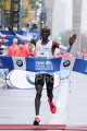 Eliud Kipchoge wins 2017 BMW Berlin Marathon
