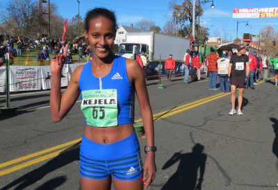 Buze Diriba Kejela of Ethiopia after winning the 2017 Manchester Road Race in Manchester, Conn., in a course record 23:57 (photo by Jane Monti for Race Results Weekly)