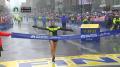 Desi Linden snaps the American women's winless streak
