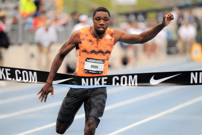 Lyles winning the 100 at USAs (photo by Phil Bond)