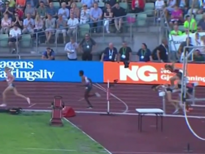 Women piling up into steeple barrier.