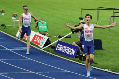 Norway's Jacob and Henrik Ingebrigtsen finish first and second, respectively, in the 5000m at the 2018 European Athletics Championships in Berlin (photo by Jane Monti for Race Results Weekly)