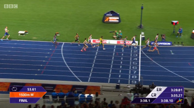 And held off a late charge from Lewandowski who went from 6th to 2nd in the closing meters