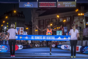 Rhonex Kipruto runs the second fastest 10-K of all time at the 2018 Birell Grand Prix in Prague: 26:46 (photo courtesy of RunCzech)