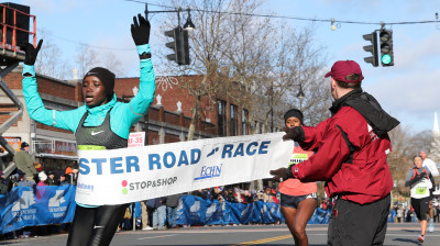 Celliphine Chespol of Kenya wins the 2018 Manchester Road Race in her road racing debut in 24:33 (photo by Jane Monti for Race Results Weekly)