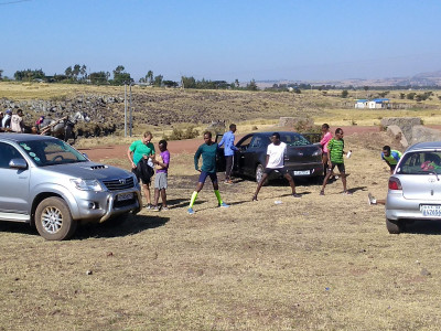 Runners in the field